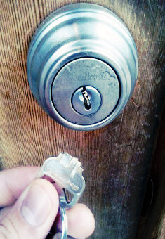 broken key extraction locksmith 76108